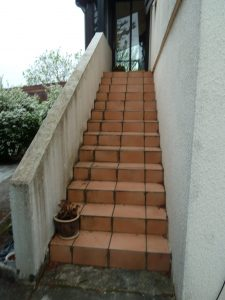 Vue escalier d'entrée maison R avant projet